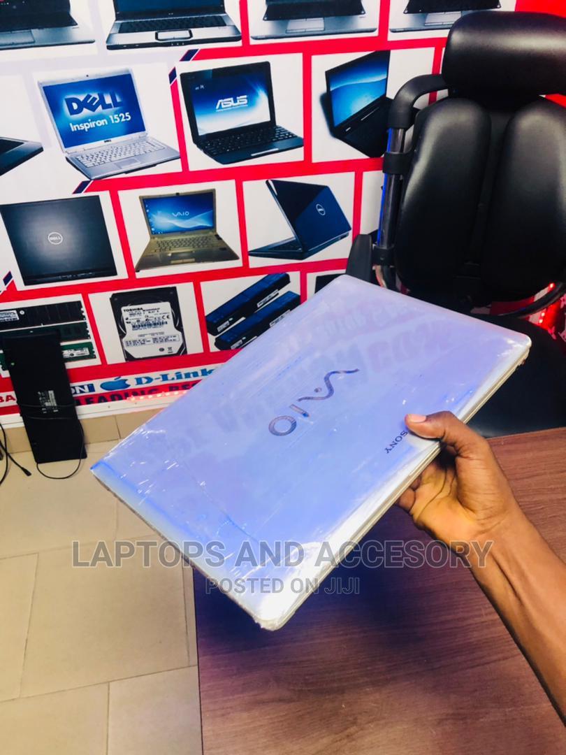 Archive: Laptop Sony VAIO E15133CN 4GB Intel Core I3 HDD 320GB