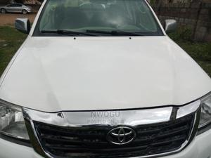 Toyota Hilux 2007 2.0 VVT-i White | Cars for sale in Abuja (FCT) State, Gudu