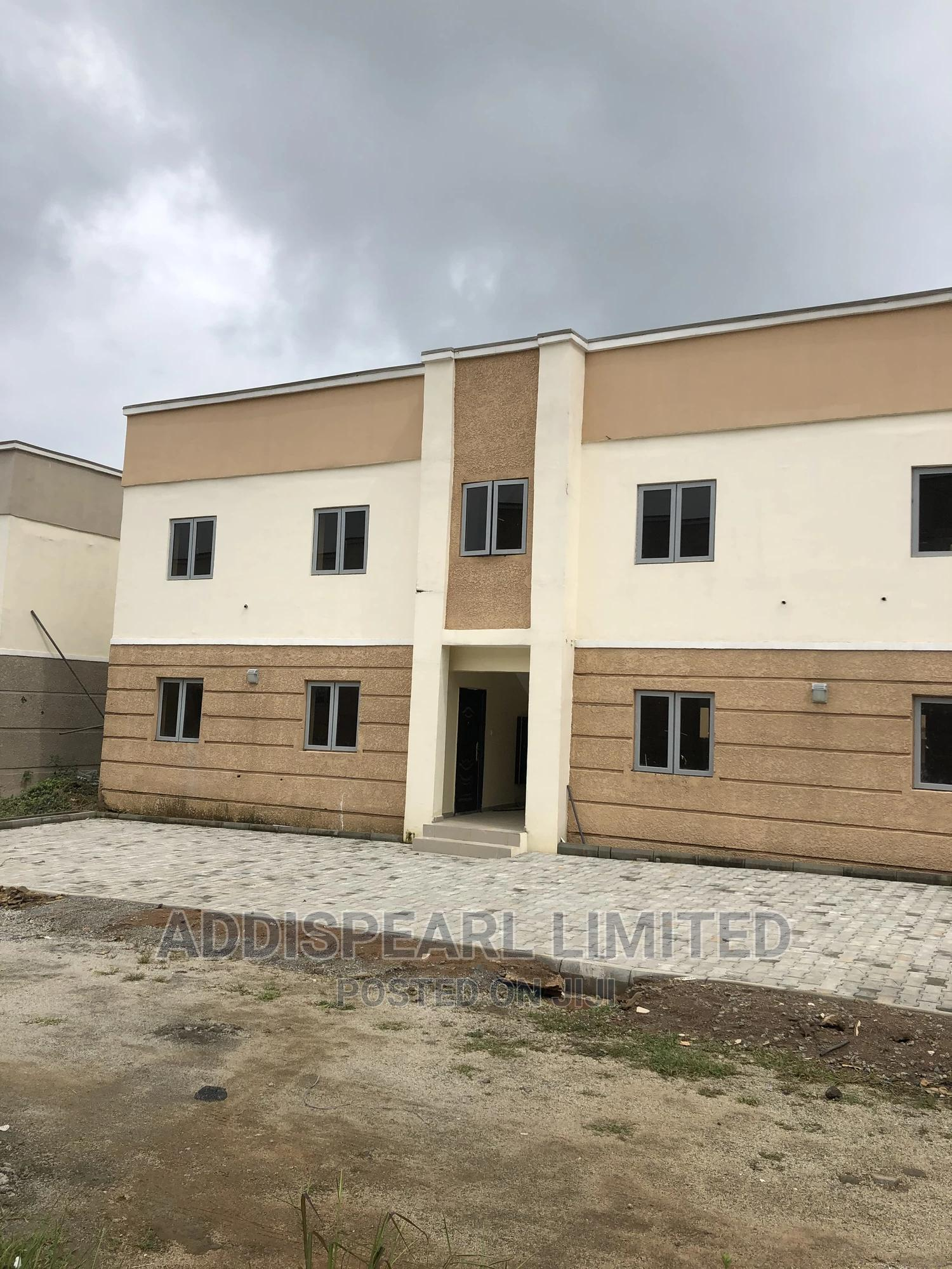 2bdrm Block of Flats in Mab City Housing, Gwarinpa for Sale
