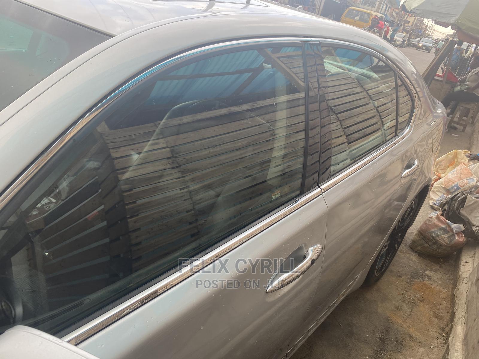 Lexus LS 2007 460 Silver | Cars for sale in Ojota, Lagos State, Nigeria