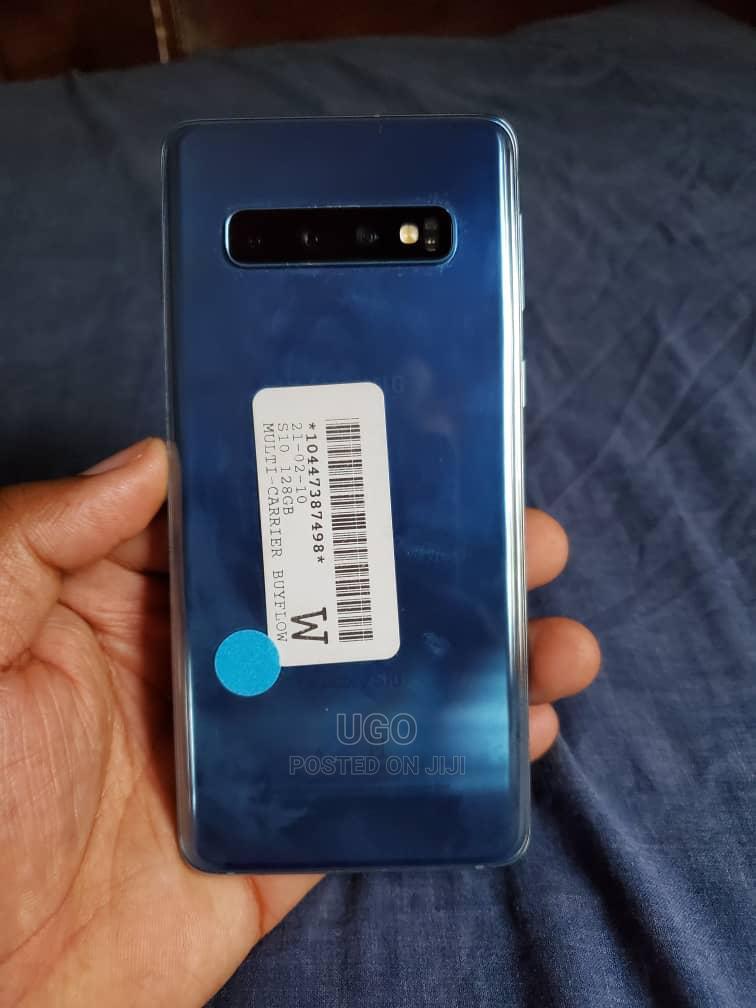 Archive: Samsung Galaxy S10 128 GB Blue