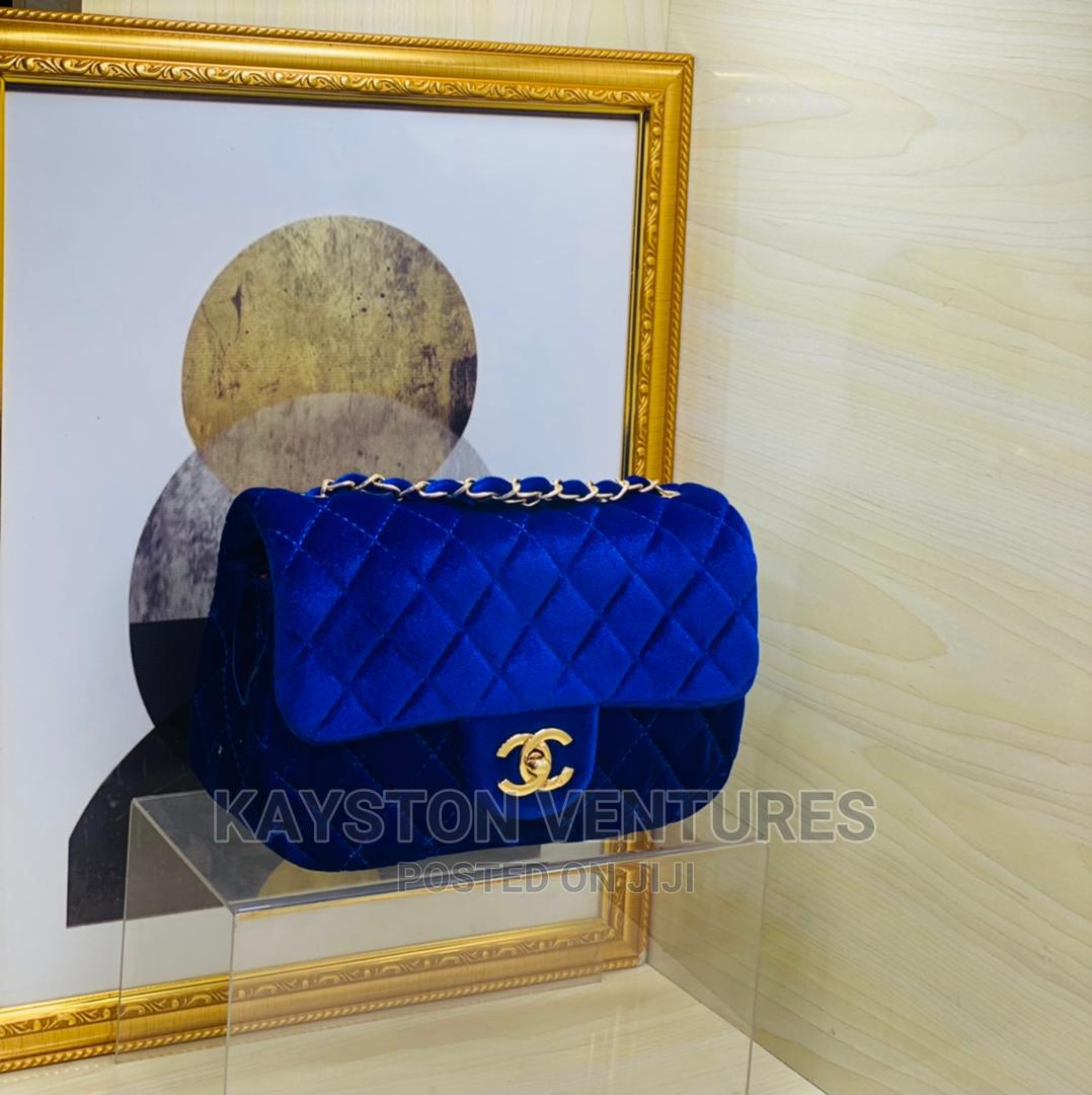 Quality Ladies Shoulder Bags