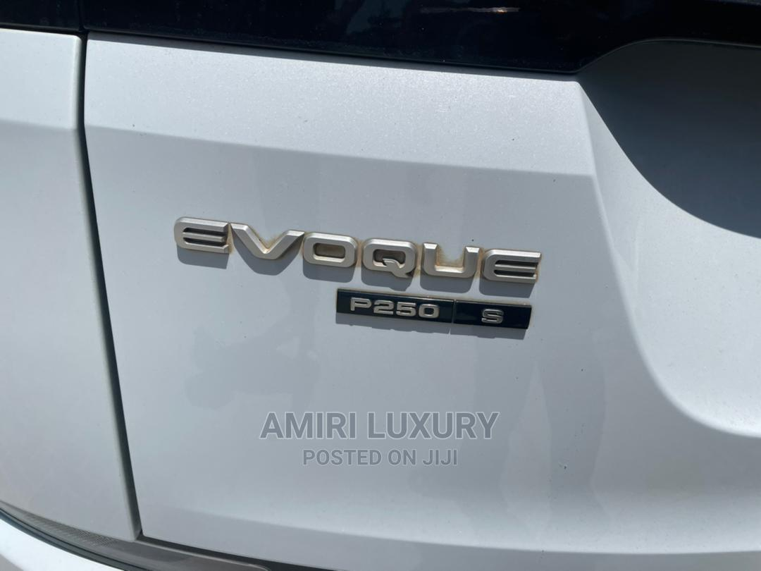 Archive: Land Rover Range Rover Evoque 2020 White