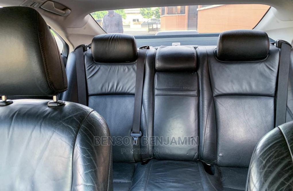 Archive: Lexus ES 2010 350 Gray