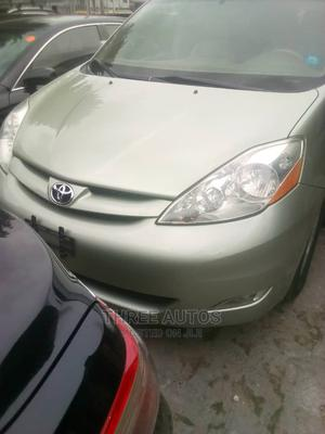 Toyota Sienna 2006 XLE AWD Green | Cars for sale in Lagos State, Ikeja