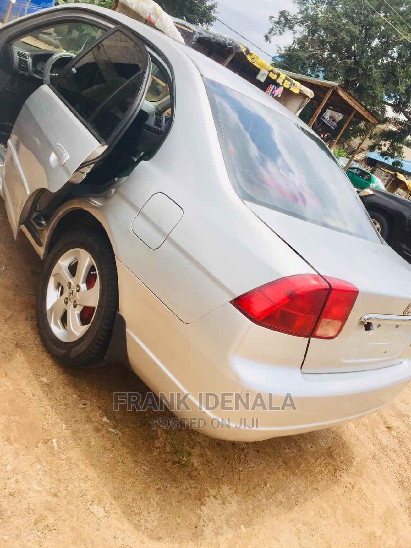 Honda Civic 2002 Silver | Cars for sale in Gwarinpa, Abuja (FCT) State, Nigeria