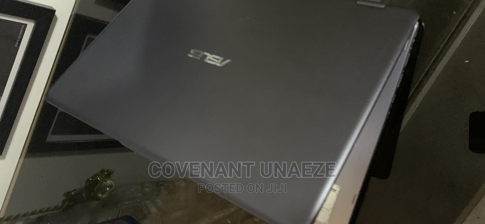 Archive: Laptop Asus VivoBook Flip 14 TP410UA 12GB Intel Core I3 HDD 1T