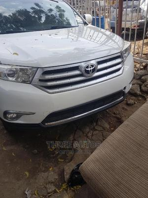 Toyota Highlander 2013 Limited 3.5L 2WD White   Cars for sale in Lagos State, Ojodu