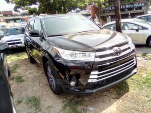 Toyota Highlander 2018 XLE 4x2 V6 (3.5L 6cyl 8A) Black | Cars for sale in Lagos State, Amuwo-Odofin