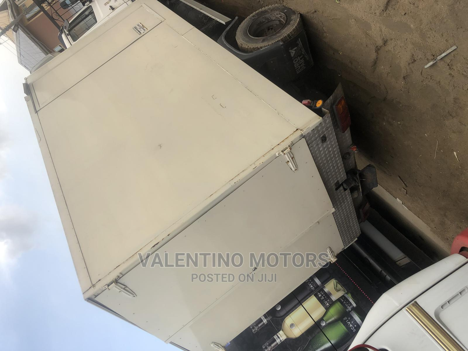 Foreign Used Mercedes-Benz 814 With Container Body | Trucks & Trailers for sale in Apapa, Lagos State, Nigeria