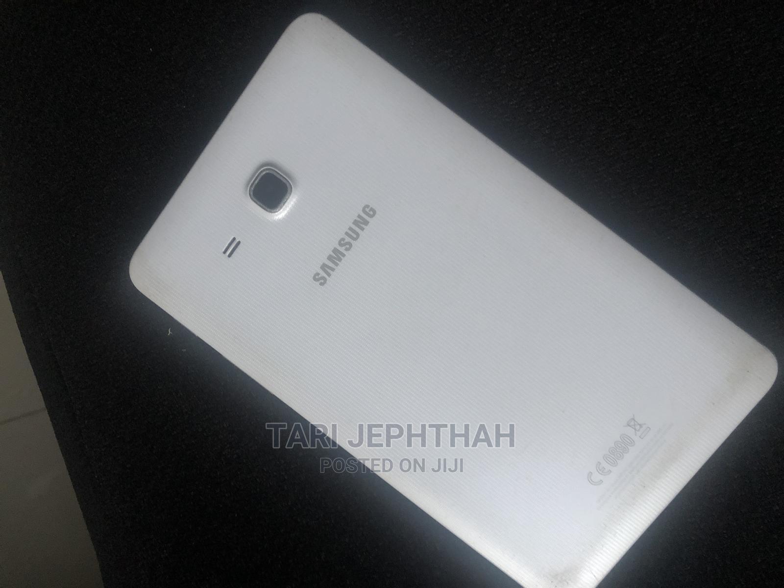 Archive: Samsung Galaxy Tab a 7.0 16 GB White