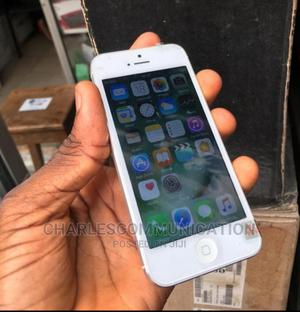 Apple iPhone 5 16 GB Silver   Mobile Phones for sale in Lagos State, Ikeja