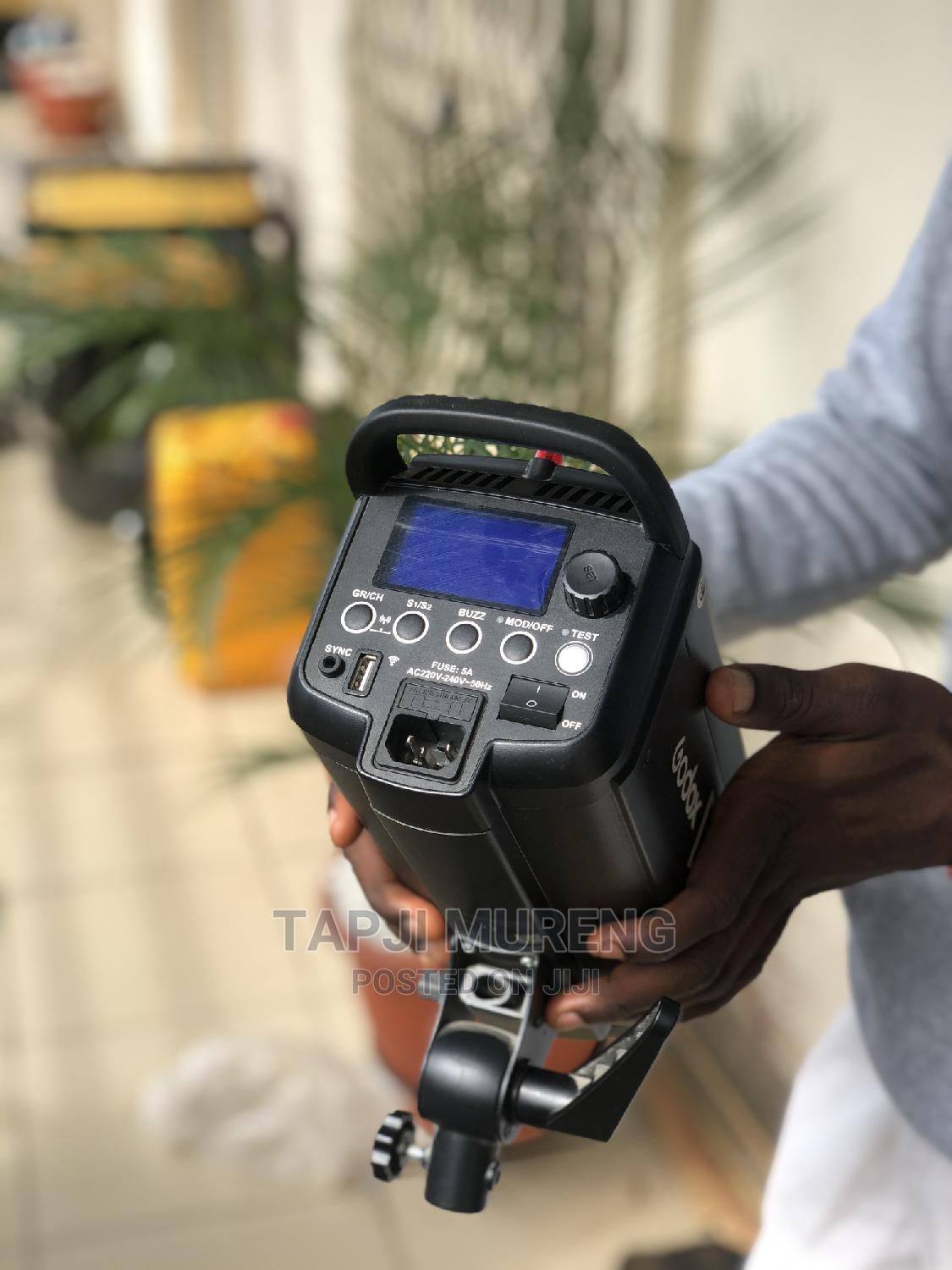 Godox Dp400 Ii | Accessories & Supplies for Electronics for sale in Garki 1, Abuja (FCT) State, Nigeria