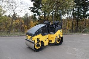 Asphalt Tandam Roller (Small)   Heavy Equipment for sale in Rivers State, Port-Harcourt