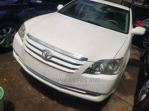 Toyota Avalon 2008 White   Cars for sale in Lagos State, Surulere