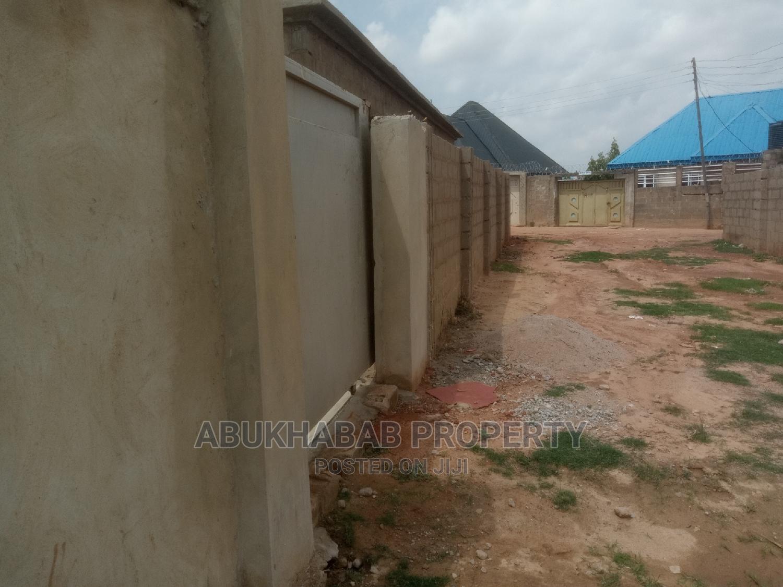 4bdrm Bungalow in Kaduna / Kaduna State for Sale