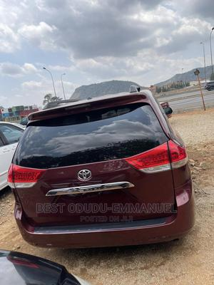 Toyota Sienna 2012 Red | Cars for sale in Abuja (FCT) State, Gwarinpa