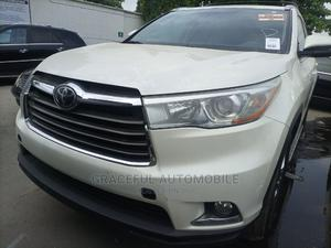 Toyota Highlander 2015 White   Cars for sale in Lagos State, Apapa