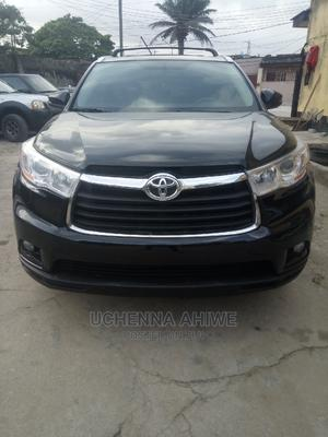 Toyota Highlander 2017 XLE 4x4 V6 (3.5L 6cyl 8A) Black   Cars for sale in Lagos State, Surulere