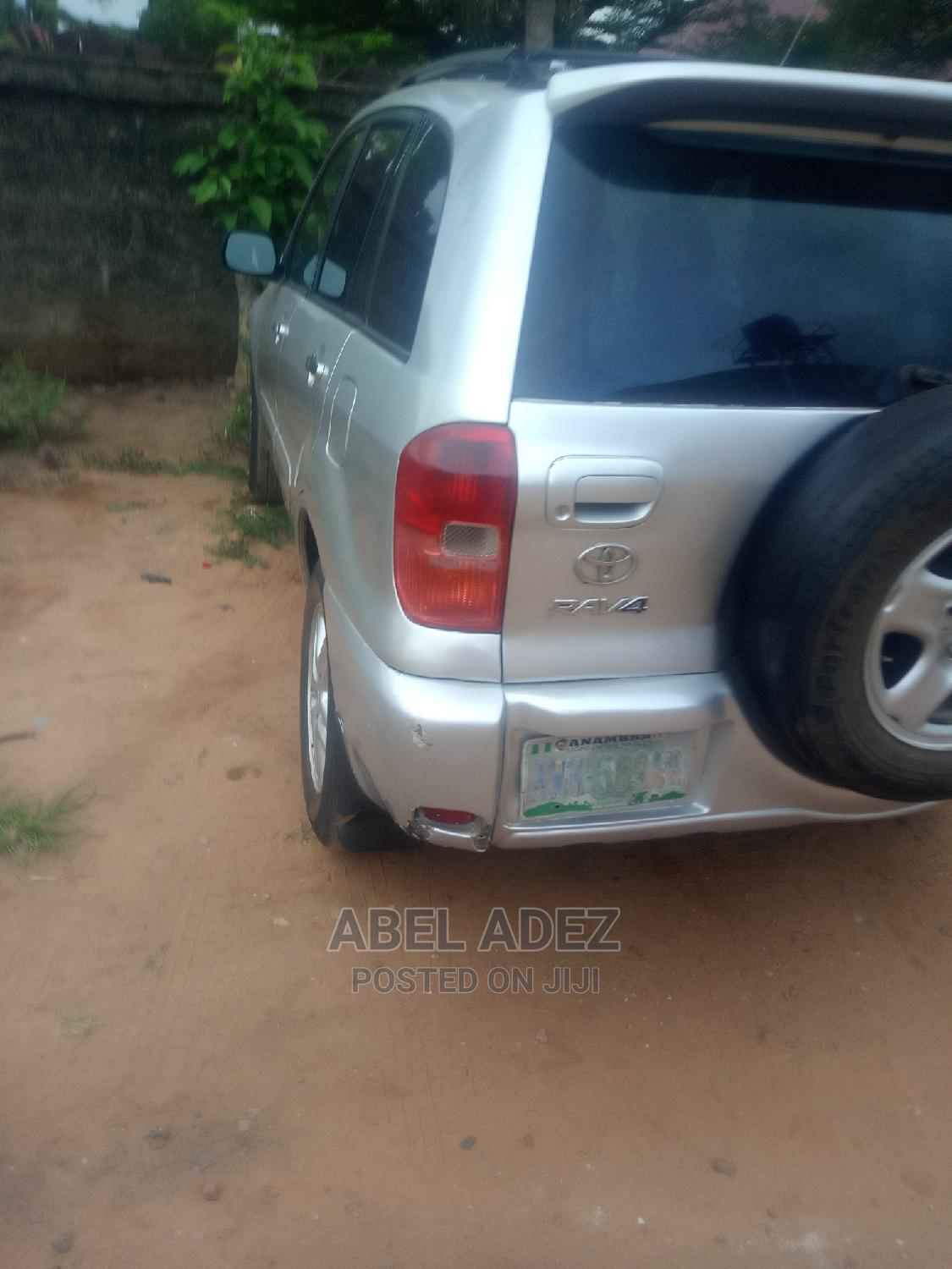 Toyota RAV4 2003 Automatic Silver | Cars for sale in Onitsha, Anambra State, Nigeria