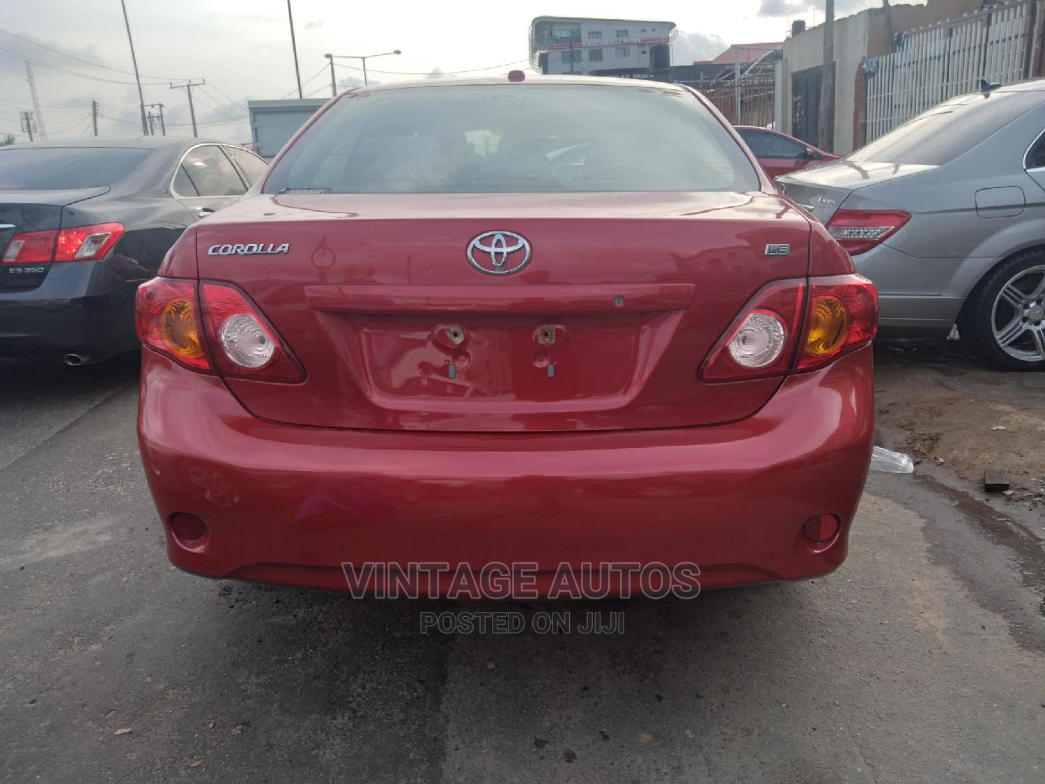 Archive: Toyota Corolla 2011 Red