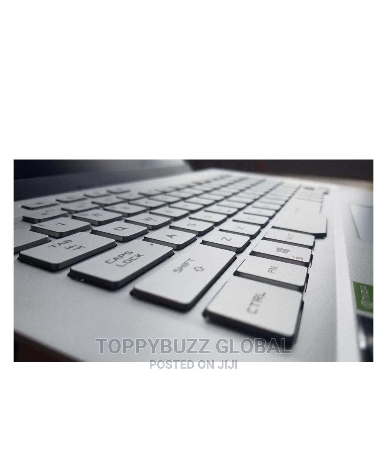 Archive: New Laptop Asus ROG Zephyrus G14 16GB AMD Ryzen SSD 1T