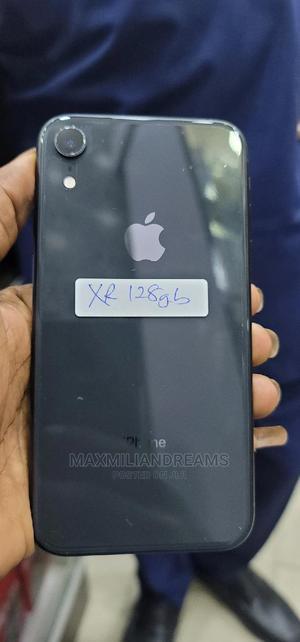 Apple iPhone XR 128 GB Black   Mobile Phones for sale in Lagos State, Ikeja