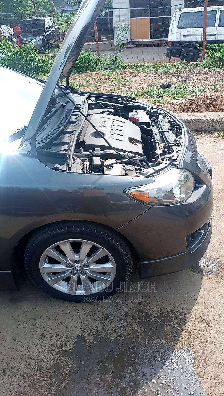 Archive: Toyota Corolla 2011 Silver