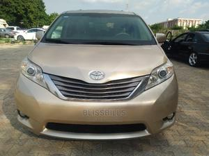 Toyota Sienna 2013 XLE FWD 8-Passenger Gold   Cars for sale in Abuja (FCT) State, Central Business Dis