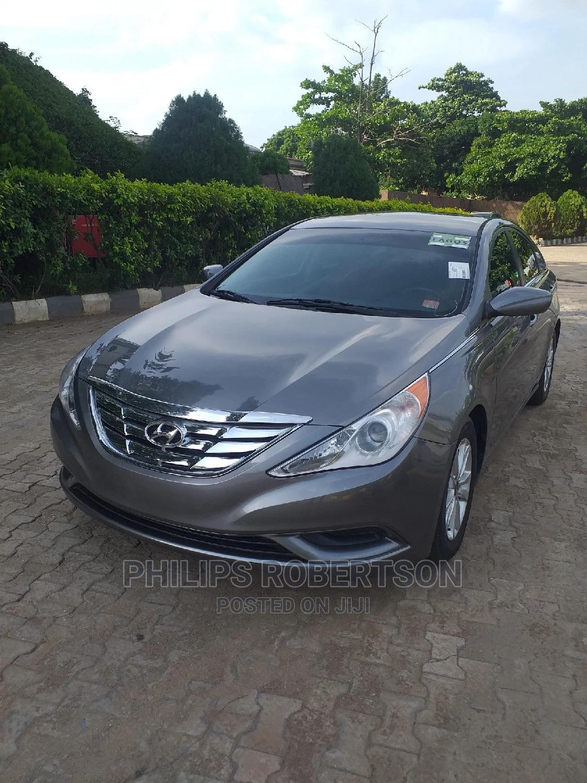 Archive: Hyundai Sonata 2013 Gray