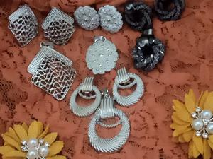 Beautiful Set of Earrings and Pendals.   Jewelry for sale in Lagos State, Alimosho