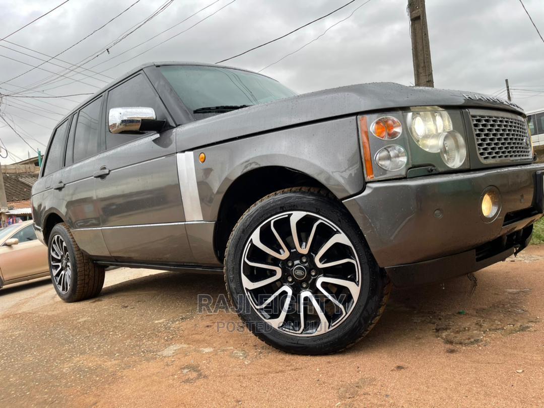 Land Rover Range Rover 2005 Gray