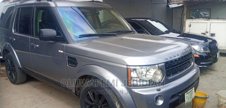 Land Rover Range Rover 2011 Gray