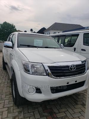 Toyota Hilux 2009 2.5 D-4d 4X4 SRX White   Cars for sale in Rivers State, Port-Harcourt