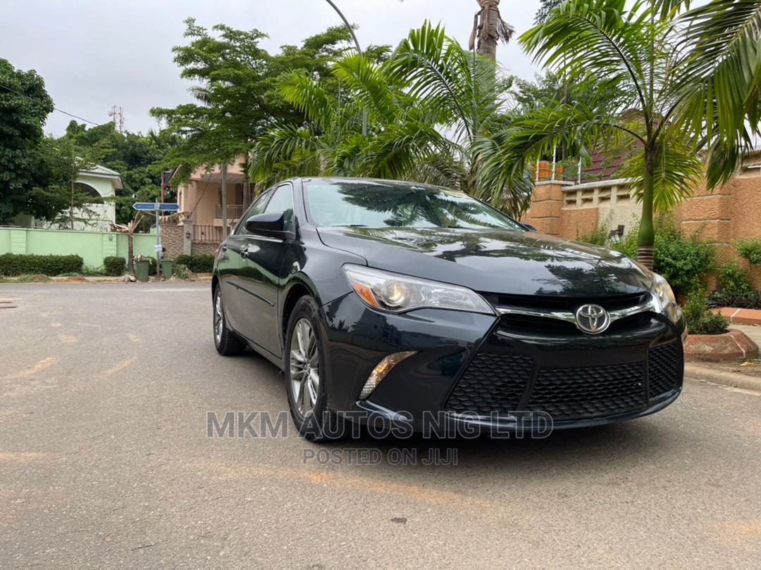 Archive: Toyota Camry 2015 Black