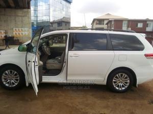 Toyota Sienna 2011 White | Cars for sale in Lagos State, Oshodi