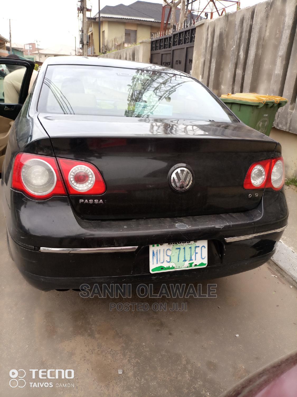 Archive: Volkswagen Passat 2007 2.0 FSi Trendline Black