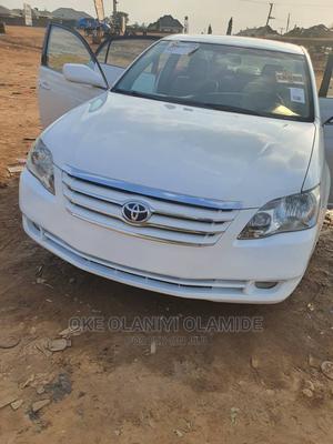 Toyota Avalon 2007 White | Cars for sale in Abuja (FCT) State, Garki 2
