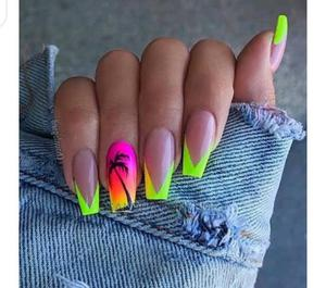Nail Technician Needed | Health & Beauty Jobs for sale in Abuja (FCT) State, Wuse