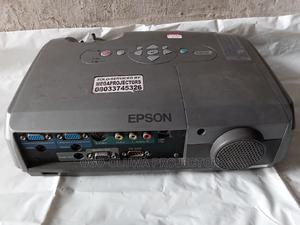 Cool Epson Projector With Wide Image   TV & DVD Equipment for sale in Lagos State, Gbagada