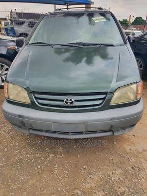 Toyota Sienna 2002 LE Green | Cars for sale in Lagos State, Ojodu