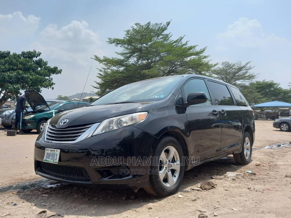 Archive: Toyota Sienna 2011 LE 7 Passenger Mobility Black