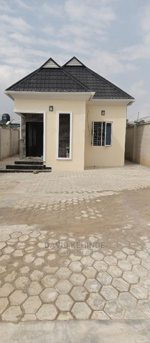 Paint and Wallpaper | Building Materials for sale in Lagos State, Ikorodu