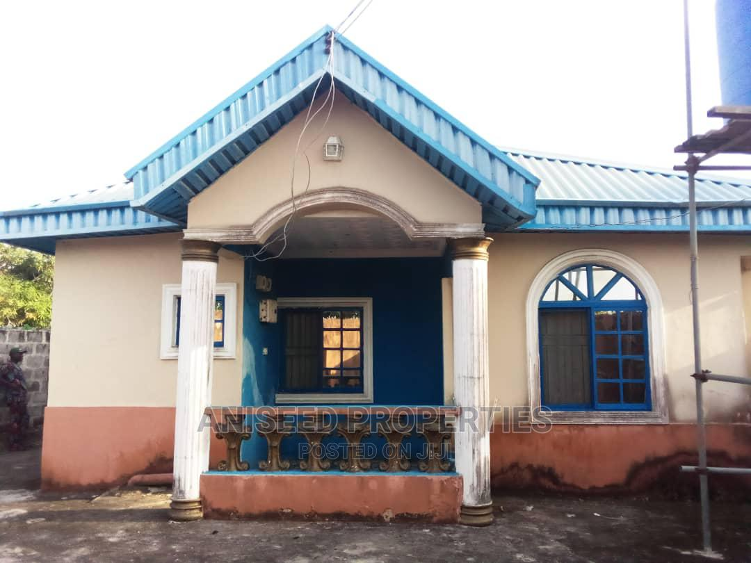 3bdrm Bungalow in Badagry / Badagry for Sale
