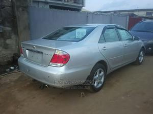Toyota Camry 2005 2.4 XLE Silver | Cars for sale in Lagos State, Alimosho