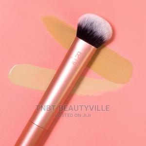 Real Techniques Cruelty Free Expert Face Brush - 200   Makeup for sale in Lagos State, Lekki
