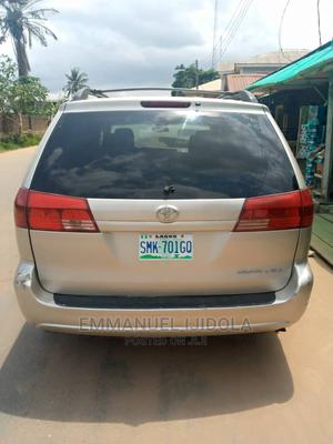 Toyota Sienna 2005 XLE Gold | Cars for sale in Lagos State, Ejigbo