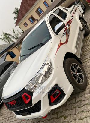 Toyota Hilux 2015 WORKMATE 4x4 White | Cars for sale in Lagos State, Ojodu