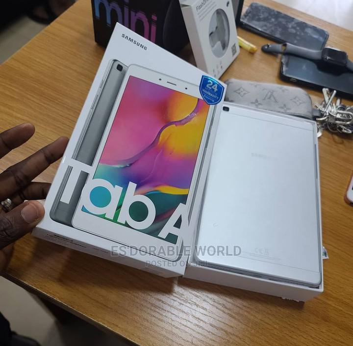 Archive: New Samsung Galaxy Tab a 7.0 32 GB