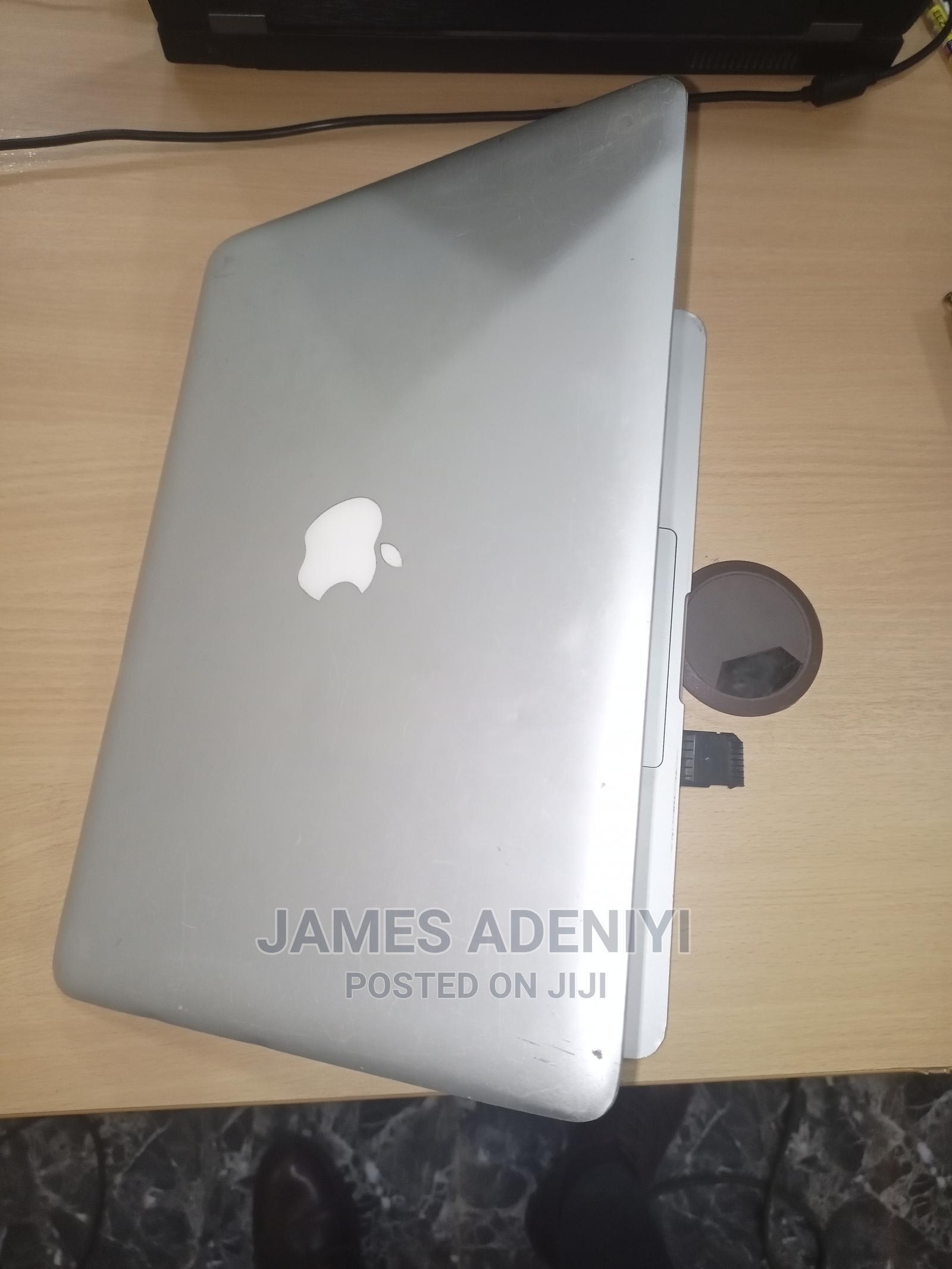 Archive: Laptop Apple MacBook Pro 4GB Intel Core I3 HDD 256GB